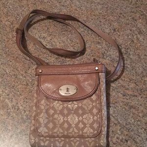 Fossil crossbody in great condition